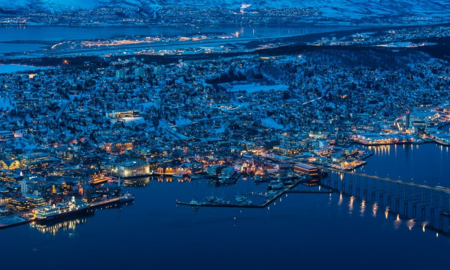 tromso-by-night-detail